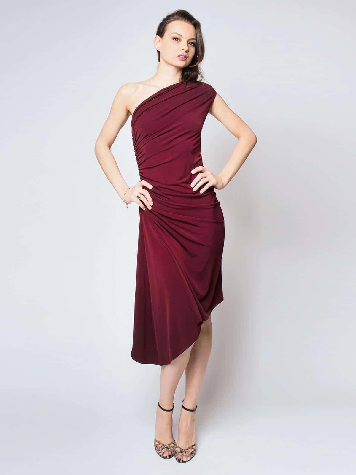 Carolina asymmetrisches Kleid mit Raffungen