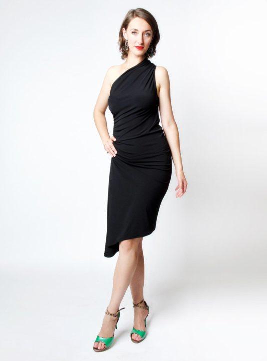 Carolina asymmetrisches Kleid schwarz (1)