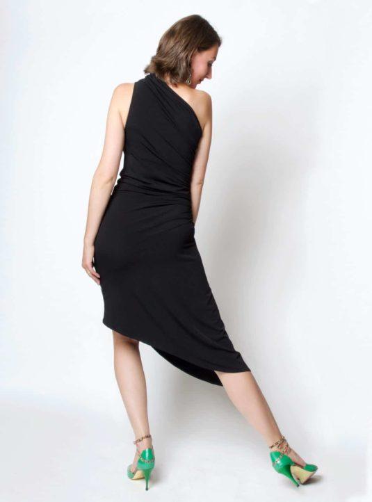 Carolina asymmetrisches Kleid schwarz (3)