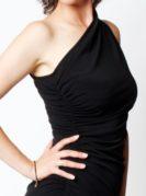 Carolina asymmetrisches Kleid schwarz (4)