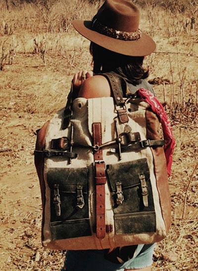 Silent-People-Safari-image-Vintage-Taschen