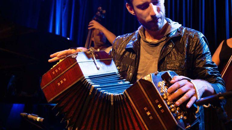 Tangomusik live – oder vom DJ aufgelegt