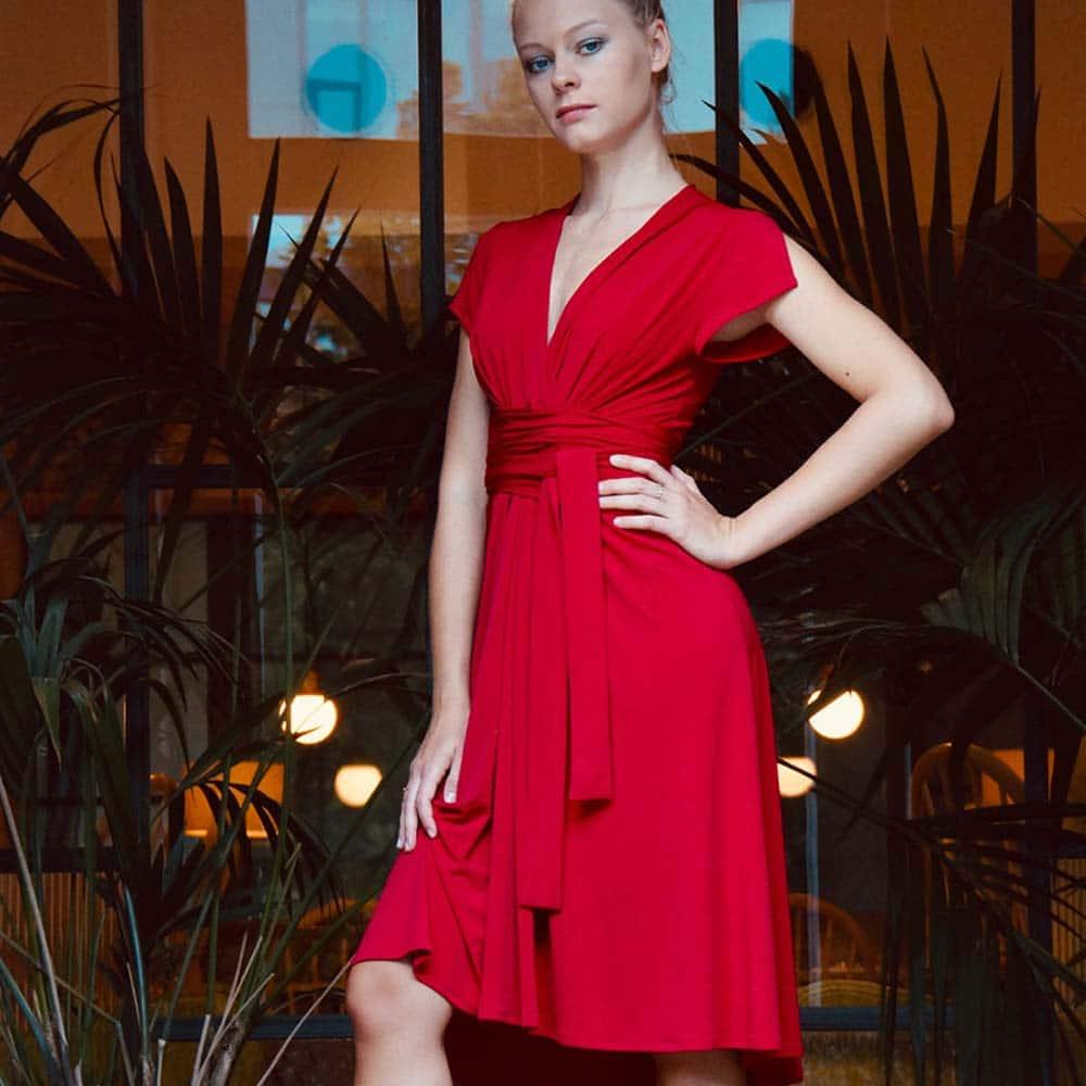 Tanzkleider Kategorie Rot B
