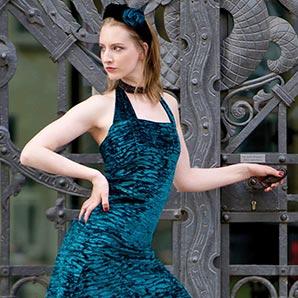 Costume Couture Berlin Kleid Petrol